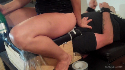 Extreme Champagne Smother - Side View