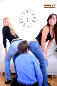 03-006 - brutal Butt Worship - Smell It! Kiss It! (Pictures)