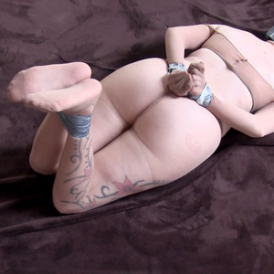 Taped up in nylons ! How do I escape?