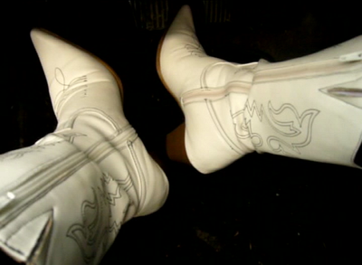 Jana make a pedal pumping session with her white high heel cowgirl boots