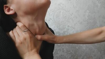 Gentle kisses and manual strangulation