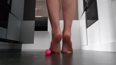 Barefoot Pins Crush
