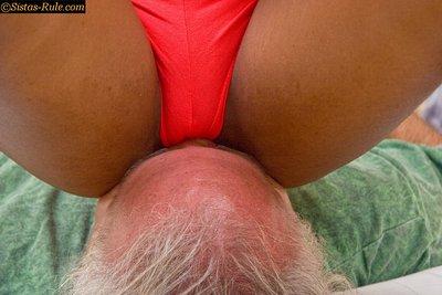 Mistress April Facesitting # 2