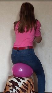 Sits on balloons
