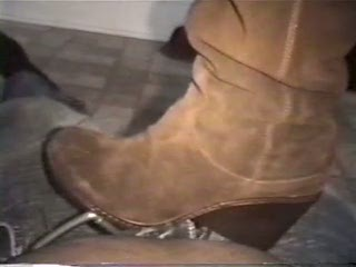 sued wedge heel boot trample