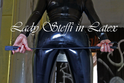 Lady Steffi in Latex