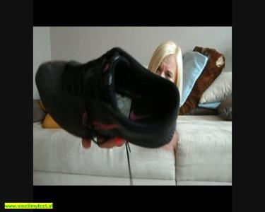 Feet Smelling 83