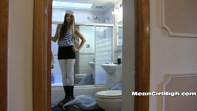 Mean Girl High 17 (HD)
