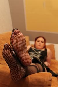 Füße sexy verpackt in Netz!