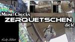 Squeeze! - Chucks
