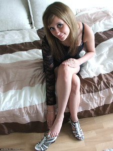 taking off high heels and posing barefoot