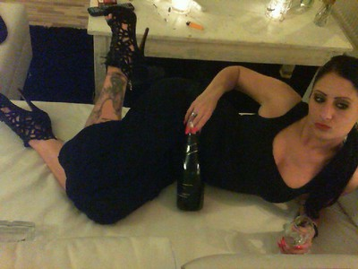 Champagne, high heels & MY PERFECTION