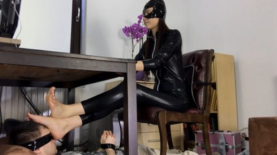 Cat Woman Footrest